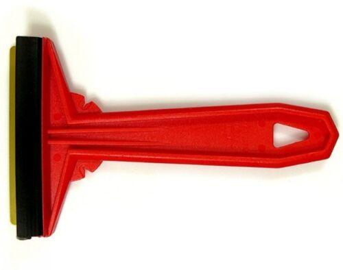 Eiskratzer Murska Farbe rot mit Messing original aus Finnland Eisschaber