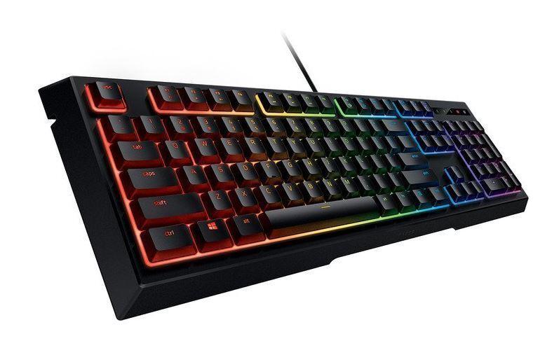 Razer Ornata Chroma halbmechanische Gaming Tastatur QWERTZ RZ03-02040500-R3G1