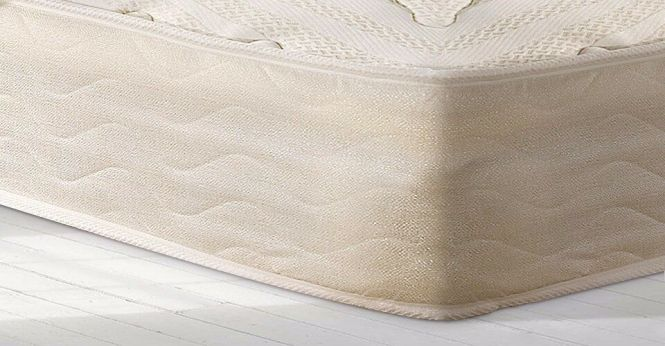 Double Mattress 1 Year Old Kayflex Pocket Plush 2000 Sprung With Memory Foam