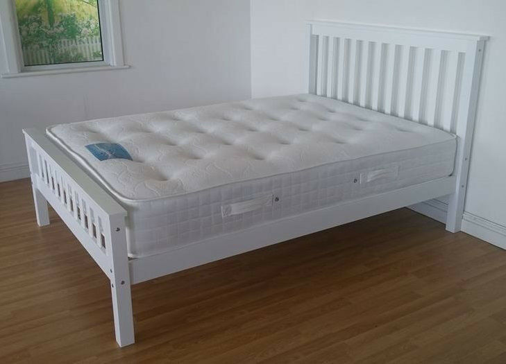 Solid Snow White Double King Size Wooden Bed Mattress