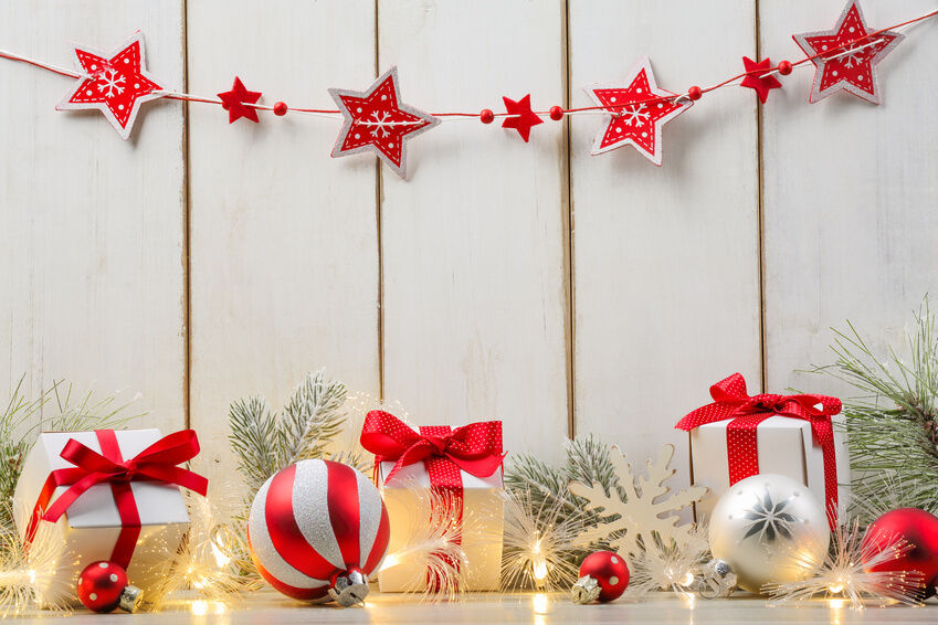 Christmas Decorating Ideas For People On A Budget