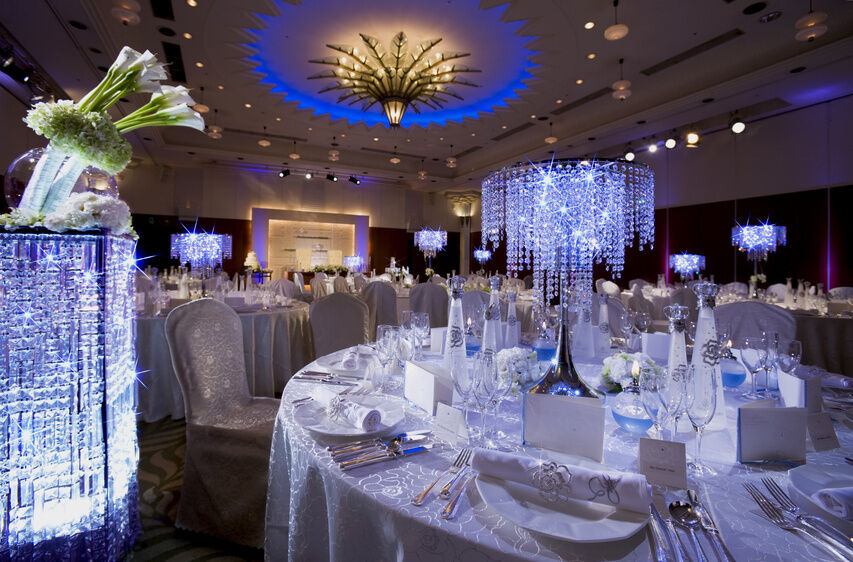 How To Decorate For A Diamond Wedding Anniversary Party