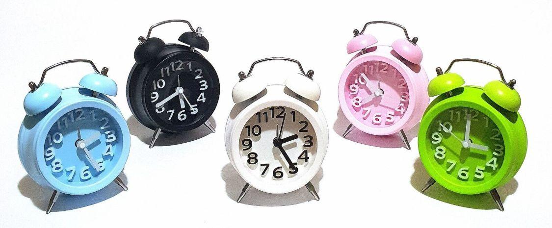 Retro Glockenwecker Wecker Alarm Analog Quartz Reisewecker Uhr Kinderwecker NEU