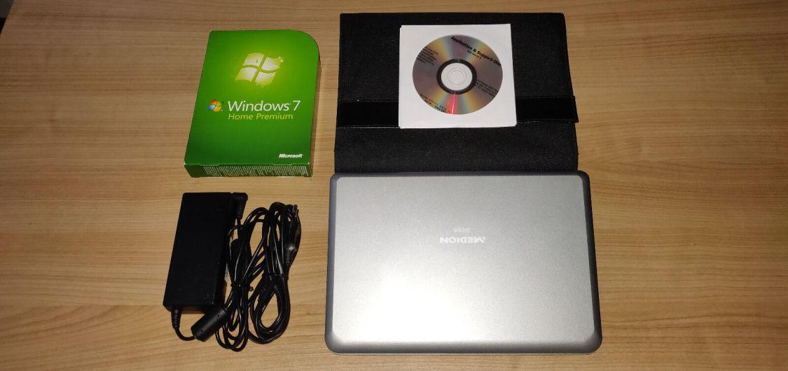 MEDION AKOYA E1210 (MD 96910) 10 Zoll (80 GB, Intel Atom, 1,6GHz, 1GB) Netbook