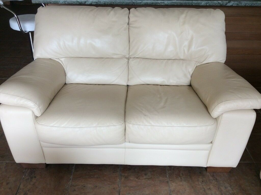 leather sofa cardiff gumtree. Black Bedroom Furniture Sets. Home Design Ideas