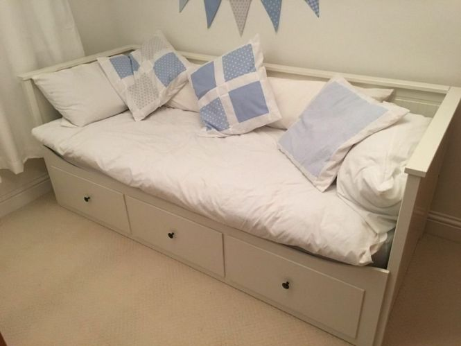 White Ikea Hemnes Extendable Day Bed With 3 Drawers 1 Double Mattress Queen Size Sofa