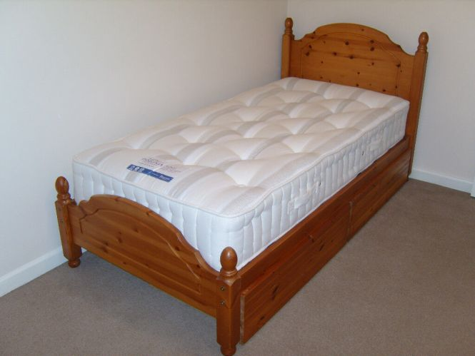 Light Oak 3 Foot Single Bed With Wheeled Drawerattress