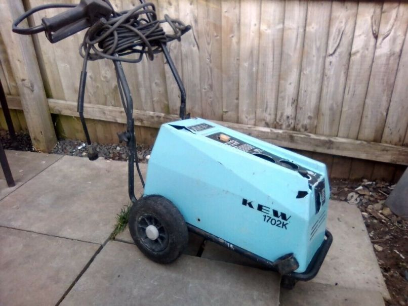 Pressure Washer In Usk Monmouthshire