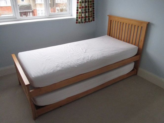 Guest Bed Single With Another Underneath Hardly Used Memory Foam