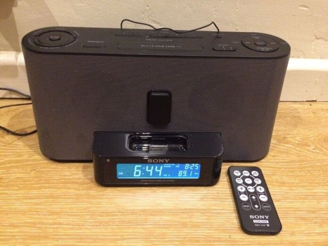 Sony Alarm Clock Radio With Remote And