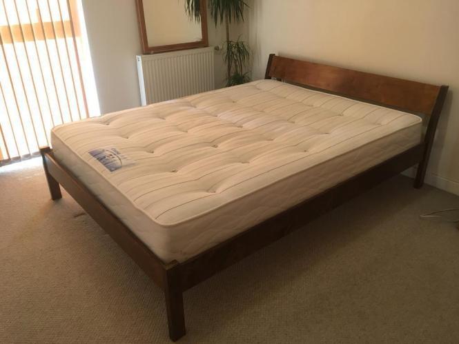 Warren Evans Kingsize Bed With Mattress