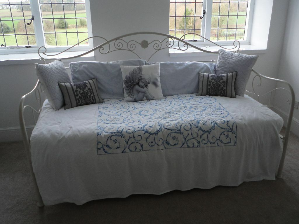 New Laura Ashley Alice Day Bed Ivory Metal Frame With