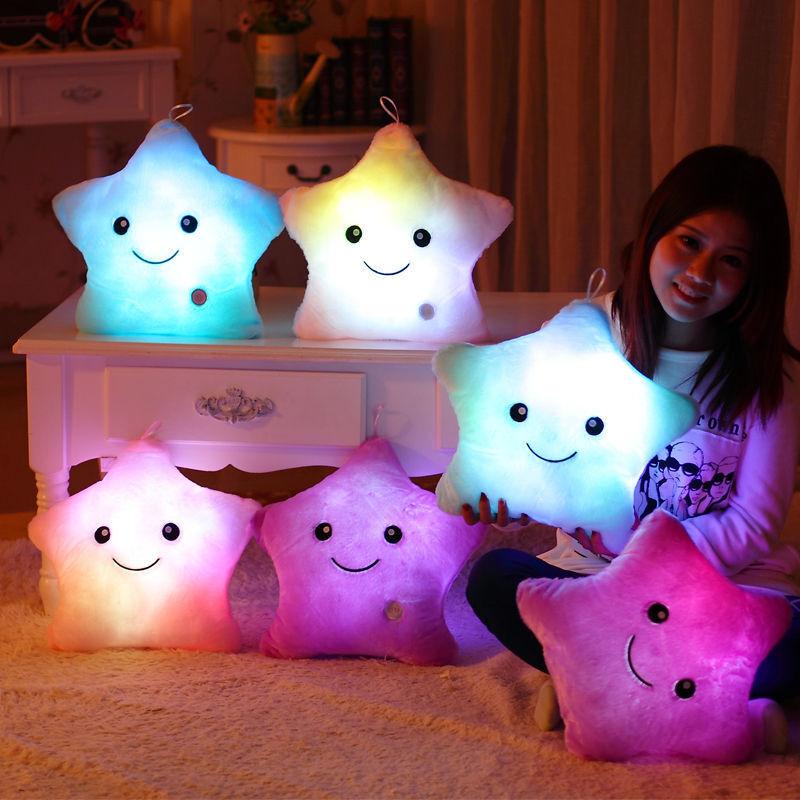 Super Cute LED Kissen Plüsch Glow Kissen weich Cosy Leuchtkissen Pillow Geschenk