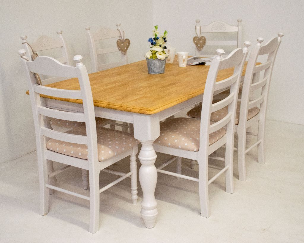 Beautiful Shabby Chic Farmhouse Oak Dining Table And 6 Chairs Professionaly Refurbished CAN