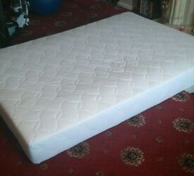 New Unwred Double Matress Medium Firmness Spring Coil Memory Foam Top And Coolmax