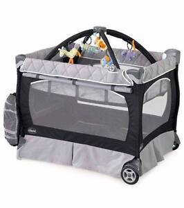 Chicco Lullaby Playard Playpen