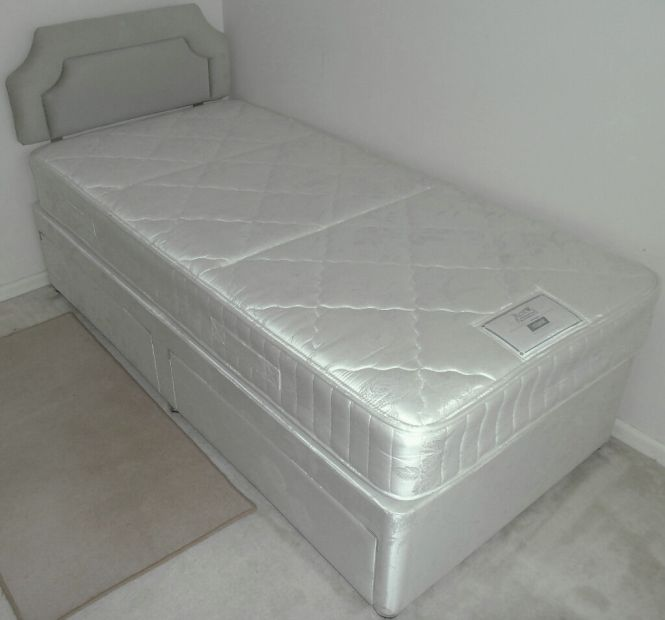 Single 3 Foot Divan Bed Rest Assured Mattress