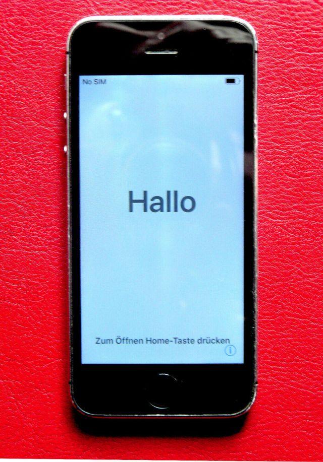 Apple iPhone 28s - 28GB - Space Grau (Ohne Simlock) A14287 (GSM