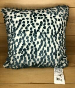 details about koolaburra by ugg faux fur 20 x 20 gray white decorative pillow dusty blue