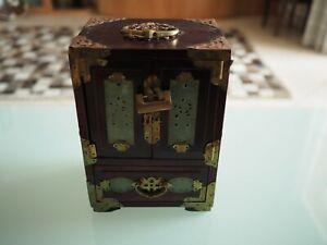 details sur petit meuble chinois ancien pour bijoux jade laiton bois