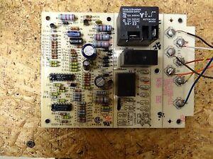 Honeywell Control Circuit Board 106883103A (USED)