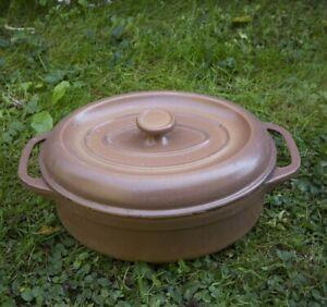 details sur cocotte cuisine fonte de fer emaillee brune fontigniac induction gaz plaque