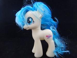 hasbro my little pony friendship is magic 8 inch prototype white blue hair ebay