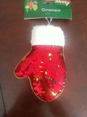 Ornament Glove