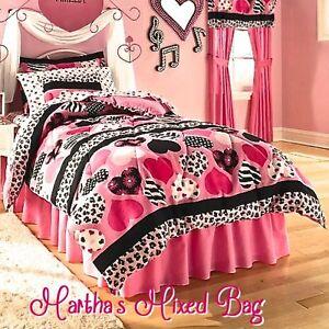 Hearts Teen Girls Pink Black Zebra Stripe Animal Print