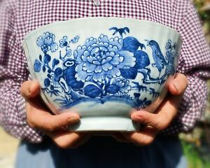 Kangxi Chinese Antique Porcelain Blue And White Huge Bowl With Bird 18th Century