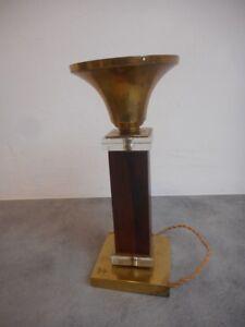 details sur pied de lampe art deco bois bronze et verre