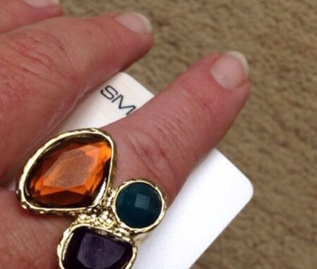 Daisy And Eve Evans Bnwts 3 Stone Ring Size Small
