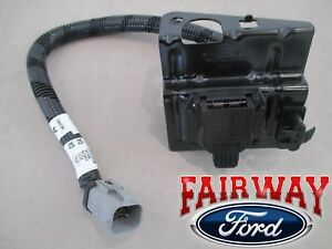 02 thru 04 F250 F350 Super Duty Ford 4 & 7 Pin Trailer