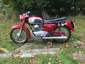 Honda CD175 classic 1971 twin collectible twin shock vintage project barn find