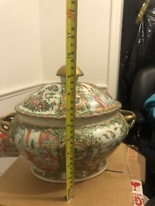 Big Tall Antique Chinese Export Porcelain Rose Medallion Covered Bowl Old China