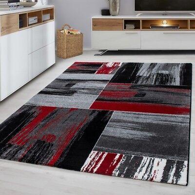 moderne tapis rouge noir gris motif