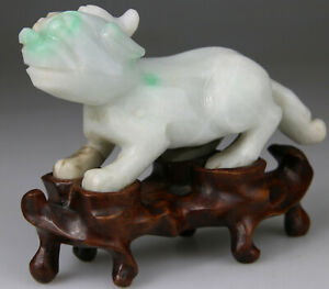 ANTIQUE RARE CHINESE JADE JADEITE WHITE GREEN CARVED LION DOG STAND - Qing 19TH