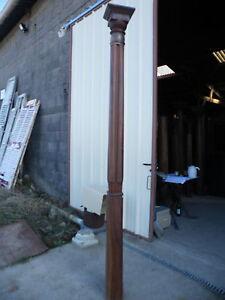 details sur colonne en bois anciennes