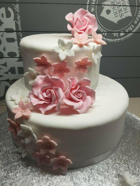 Echte Blumen Auf Der Hochzeitstorte Geht Das Lieschen Heiratet