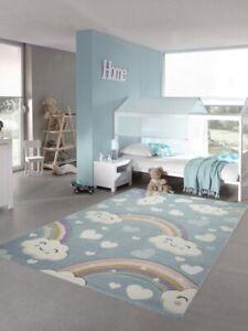 details sur tapis enfant tapis chambre d enfant arc en ciel avec nuages et coeurs en bleu