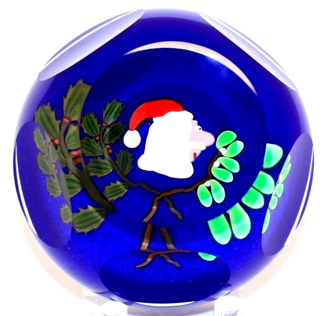 Lovely PERTHSHIRE Multi Faceted SANTA CLAUS Christmas Art Glass PAPERWEIGHT