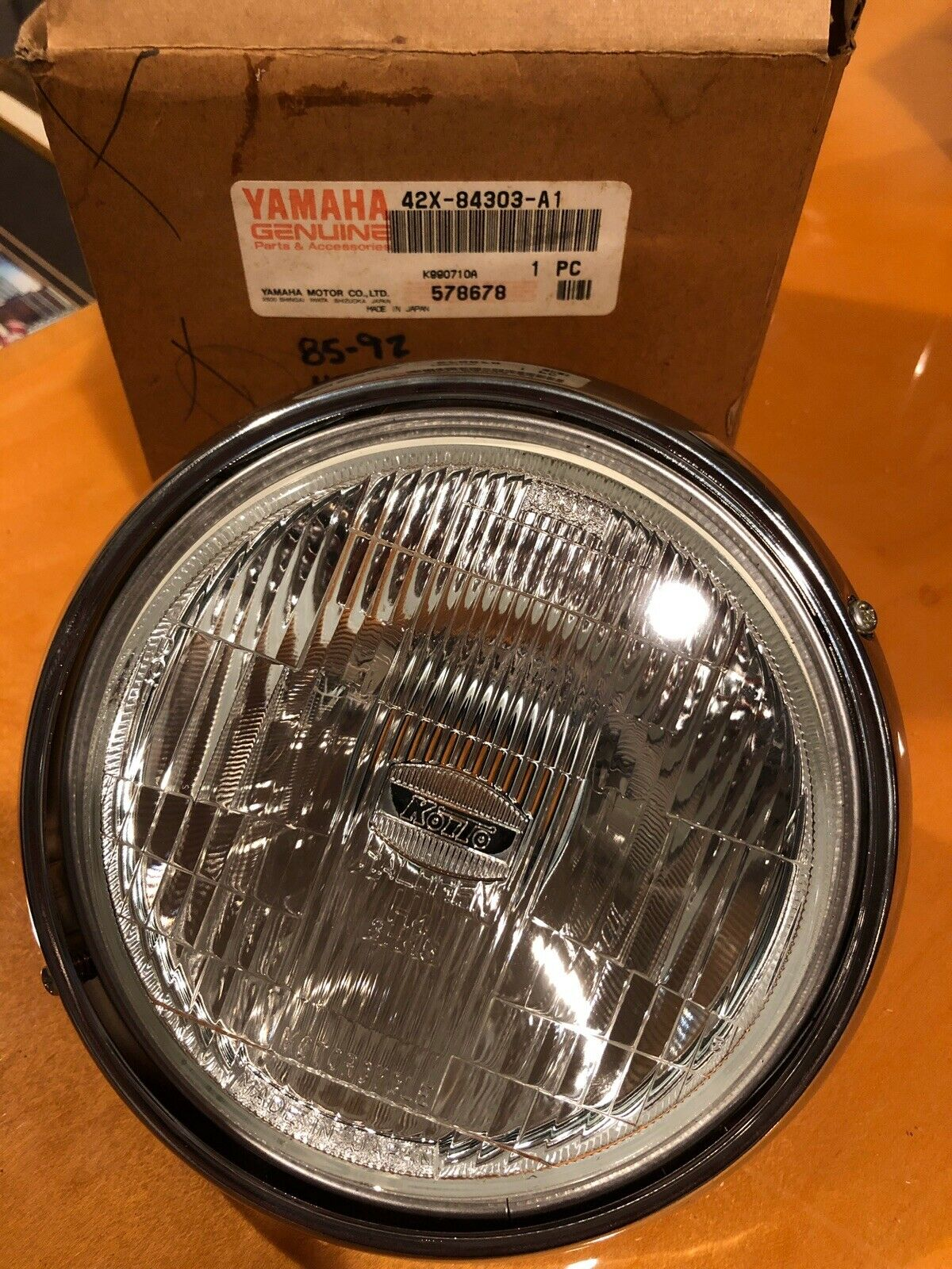 NEW OEM Yamaha VIRAGO XV1100 headlight assembly 42X84303A100
