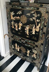 chinese lacquered furniture