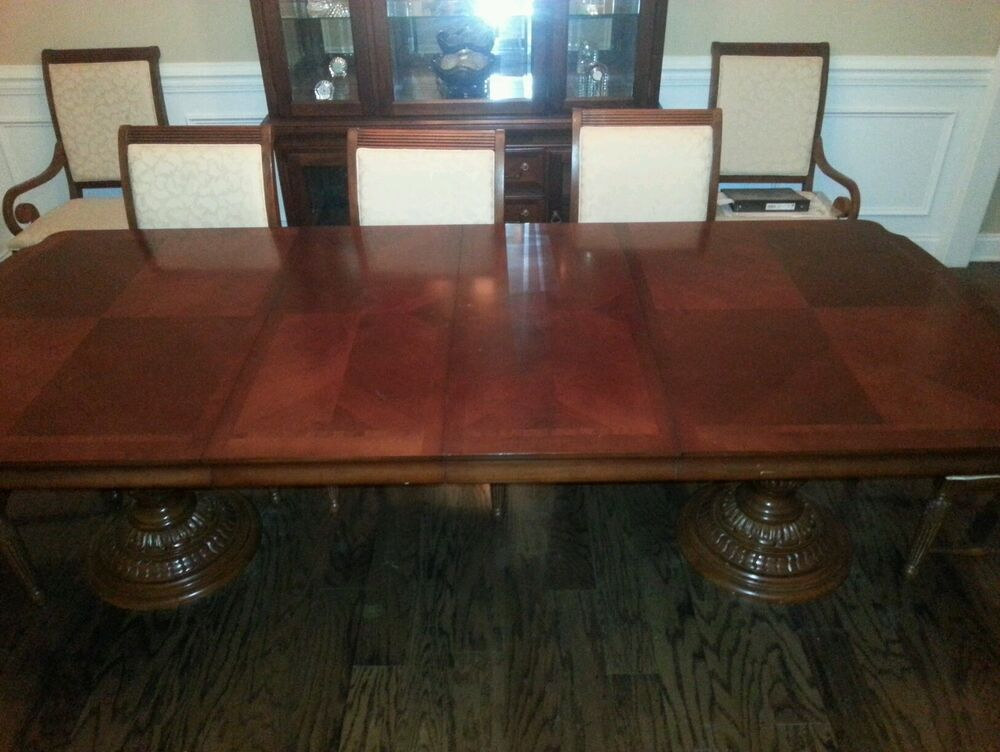 Beautiful Broyhill Dining Suite EBay