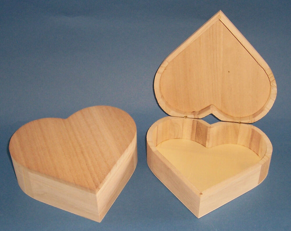 How To Build Large Heart Shaped Wooden Box PDF Plans