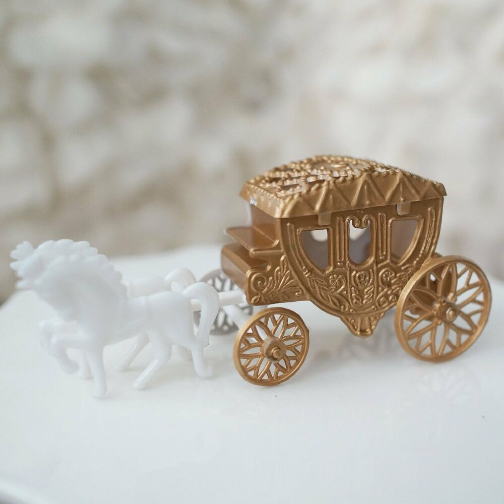 Horse And Carriage And Castle Cake Topper
