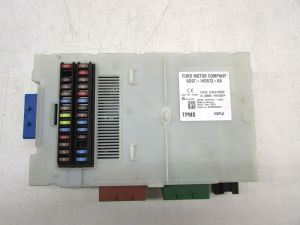 2008 Land Rover LR2 Interrior Fuse Box 6G9T14D572KA OEM