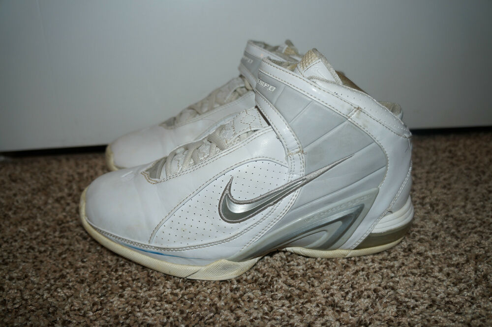 Basketball Shoes White Top