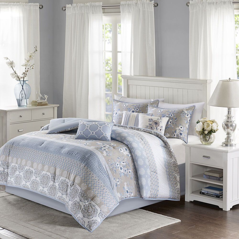 V Bedding Collection