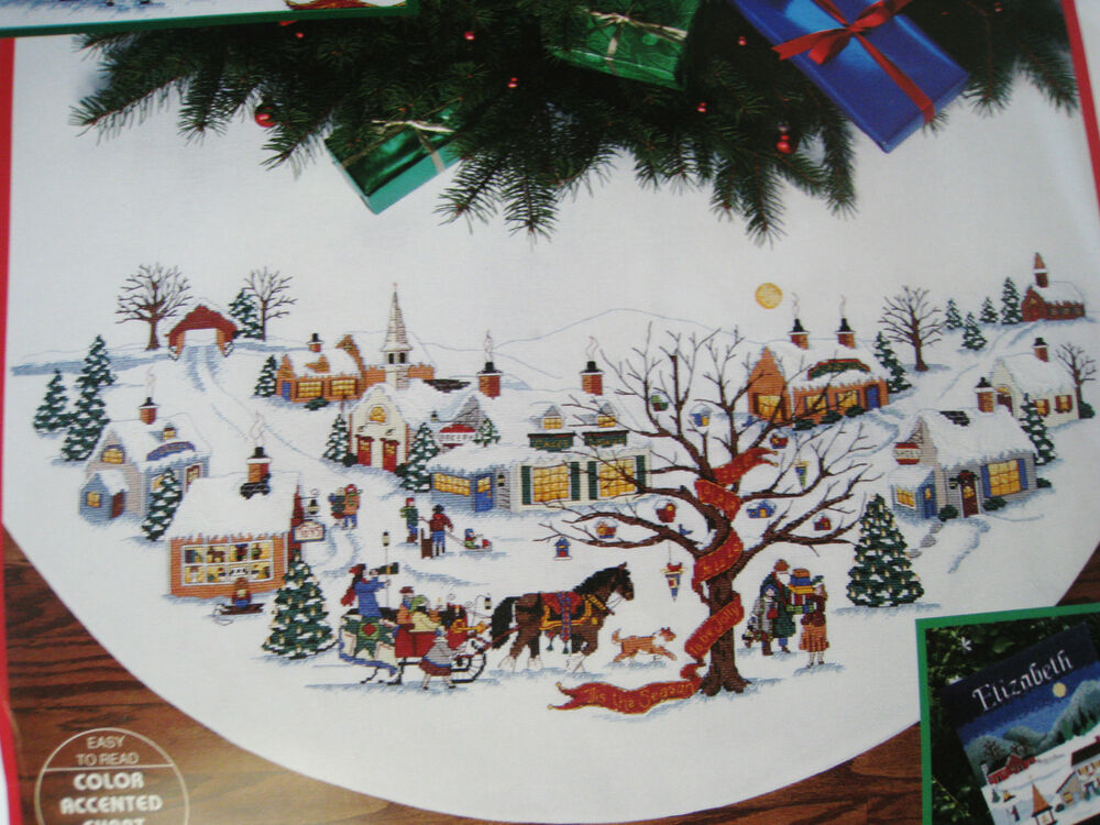 Dimensions Counted Cross Tree Skirt Craft KITCHRISTMAS
